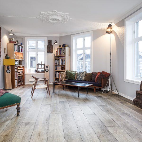 Tøff leilighet i Oslo med Chapel tregulv