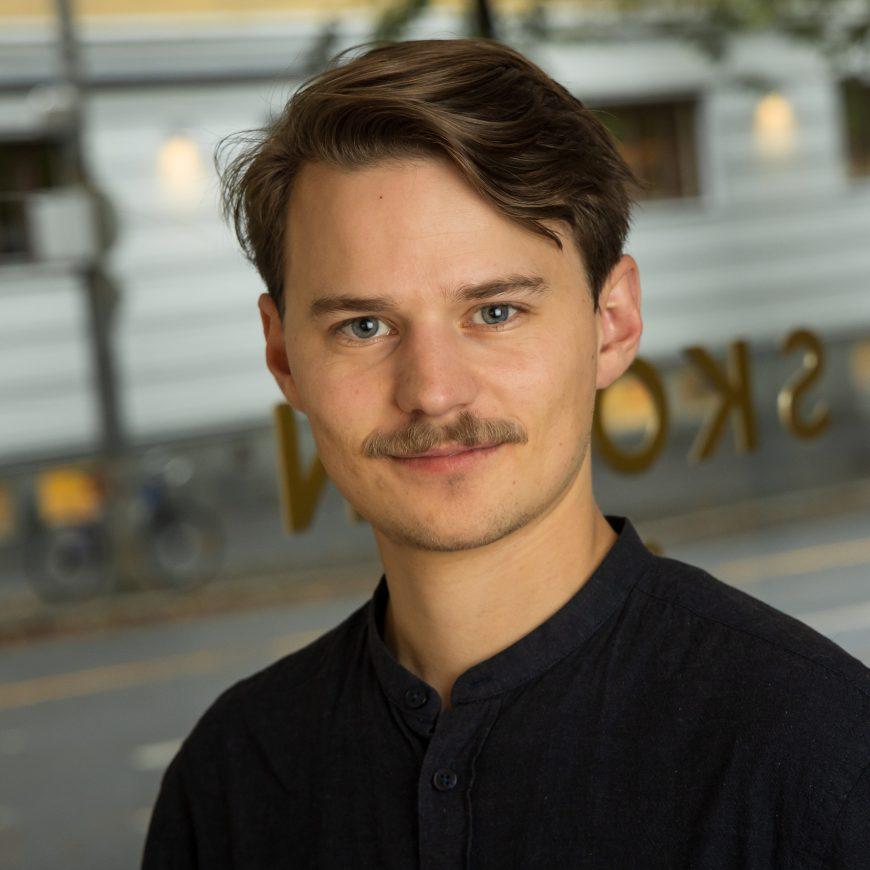 Jone Myking  <br /> Salgskonsulent
